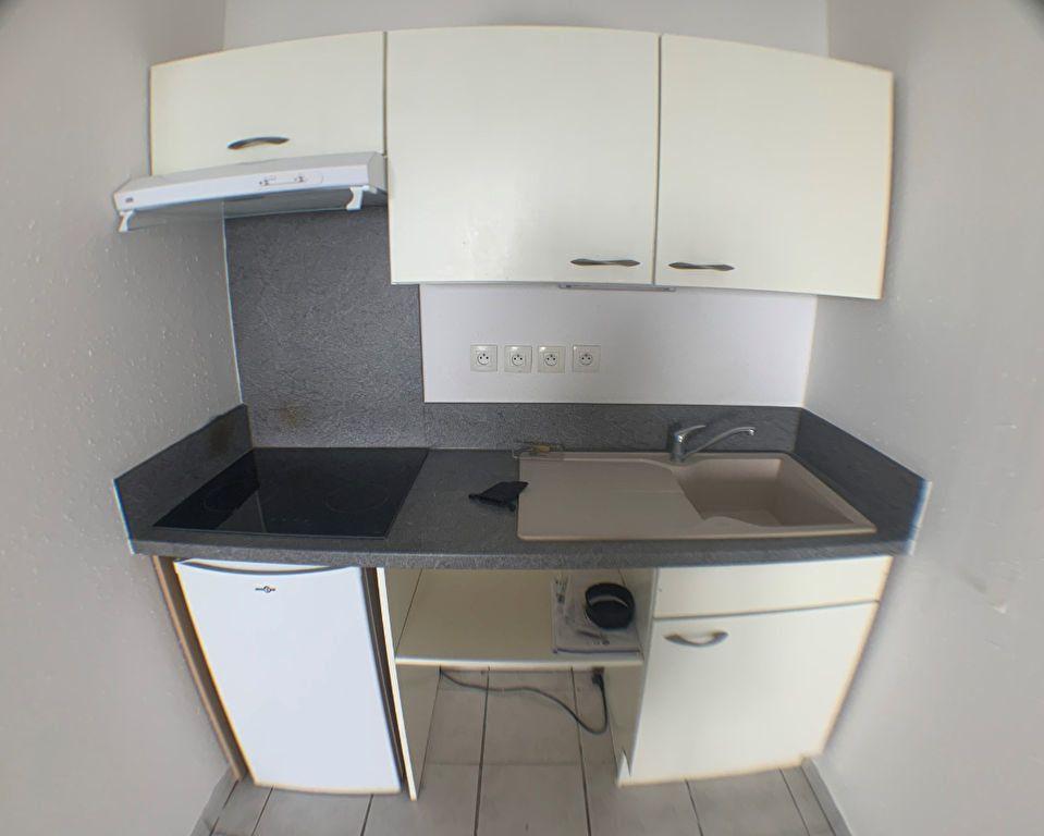 Appartement à louer 1 37.75m2 à Anzin vignette-2