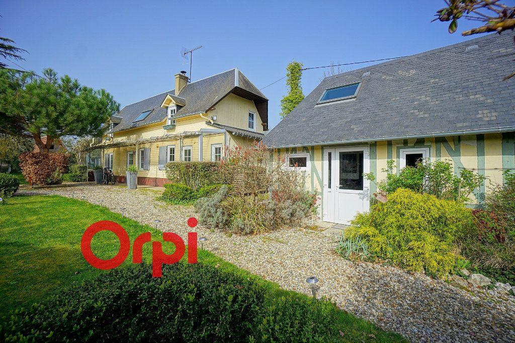 Maison à vendre 3 125m2 à Bernay vignette-1