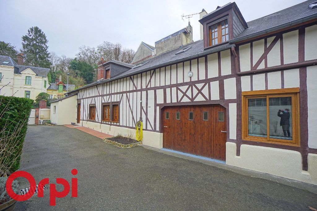 Maison à vendre 6 160m2 à Bernay vignette-16