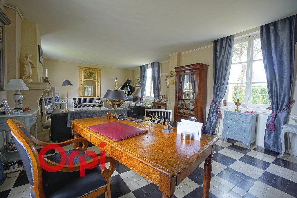 Maison à vendre 7 195m2 à Bernay vignette-2