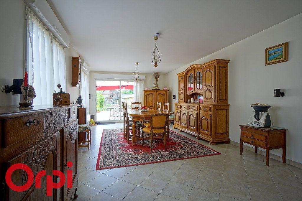 Maison à vendre 5 125m2 à Bernay vignette-11