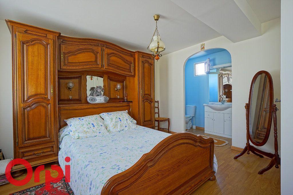 Maison à vendre 5 125m2 à Bernay vignette-18