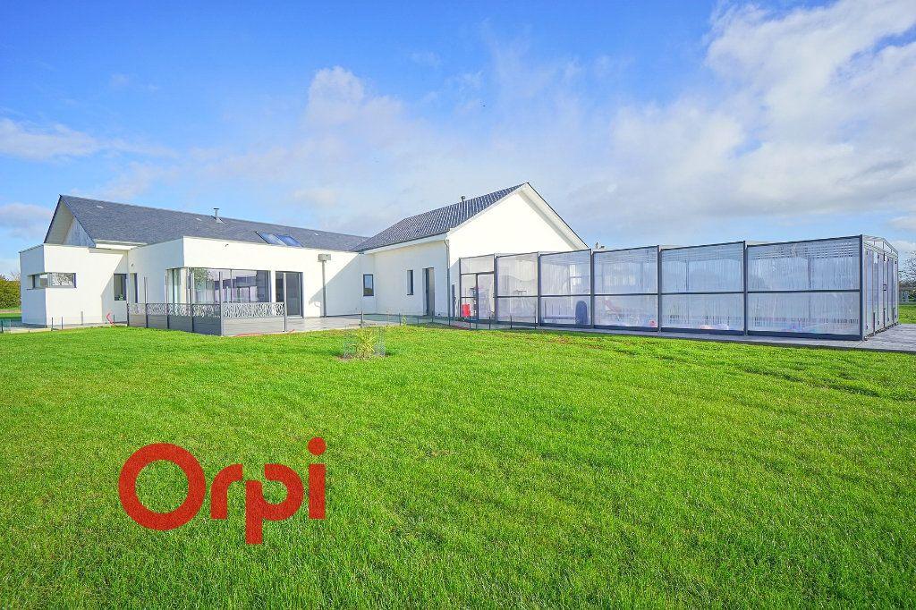 Maison à vendre 4 180m2 à Bernay vignette-2