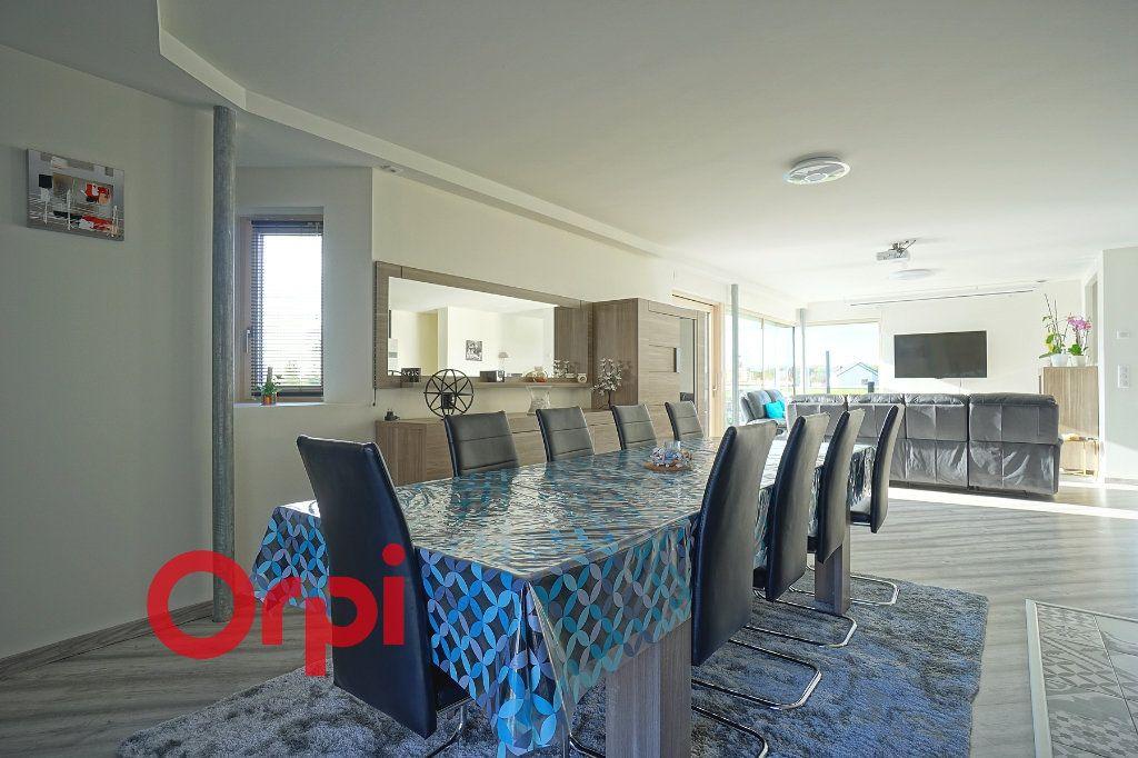 Maison à vendre 4 180m2 à Bernay vignette-7