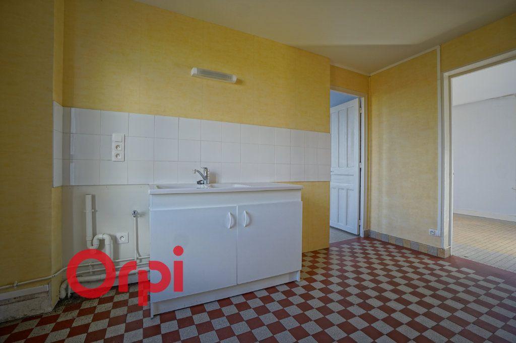 Appartement à louer 3 50.87m2 à Brionne vignette-1