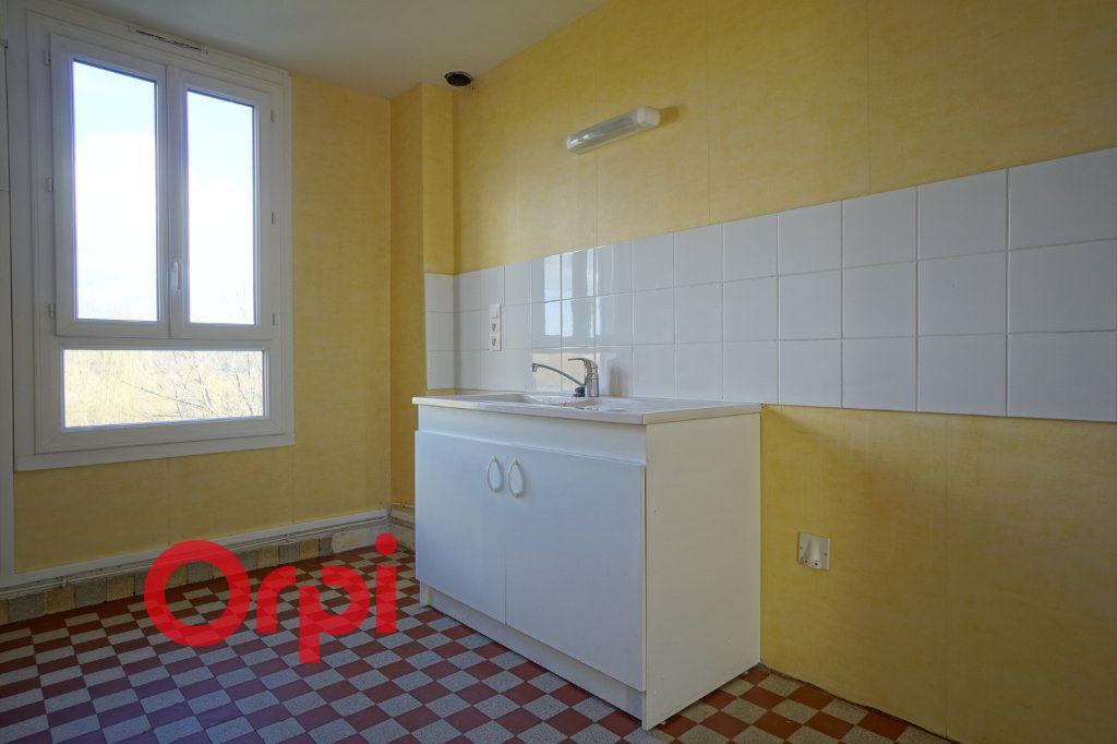 Appartement à louer 3 50.87m2 à Brionne vignette-7