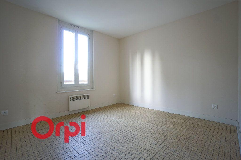 Appartement à louer 3 50.87m2 à Brionne vignette-8