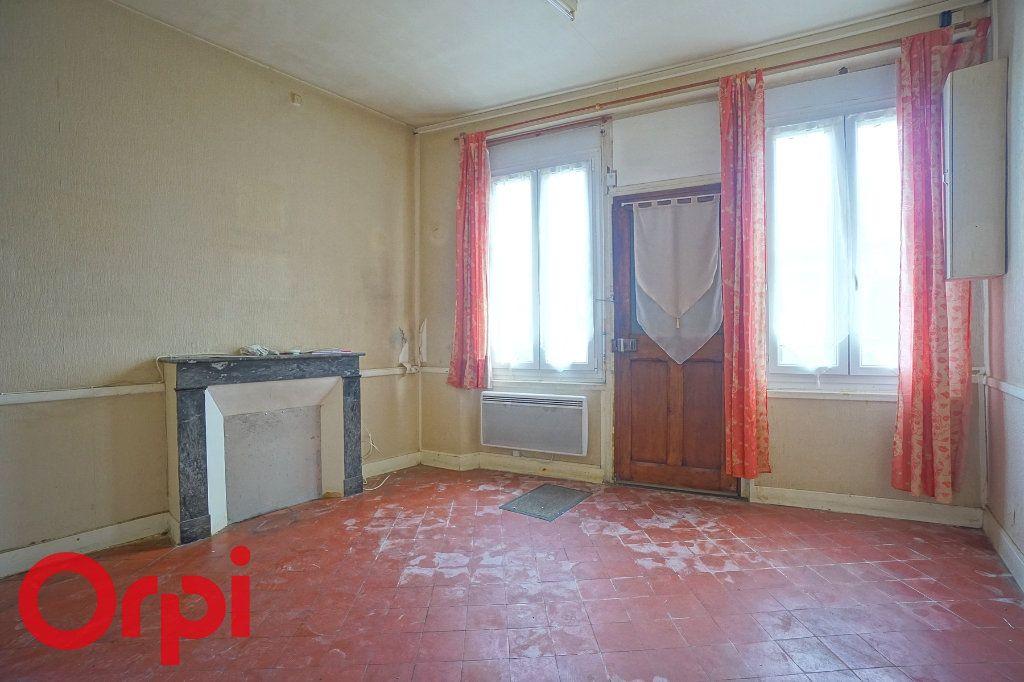 Maison à vendre 4 65m2 à Orbec vignette-4