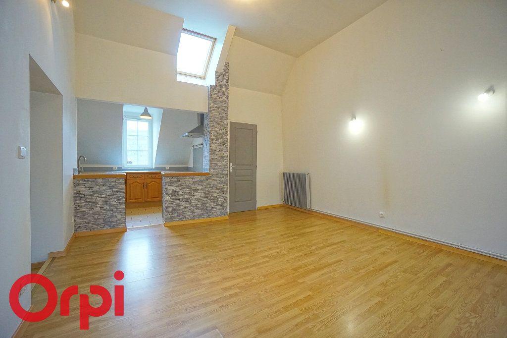 Appartement à louer 3 51.64m2 à Bernay vignette-3
