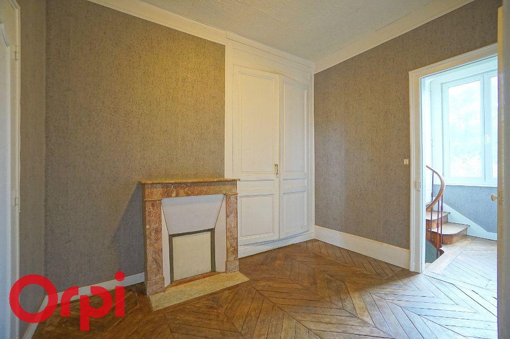 Immeuble à vendre 0 180m2 à La Barre-en-Ouche vignette-8