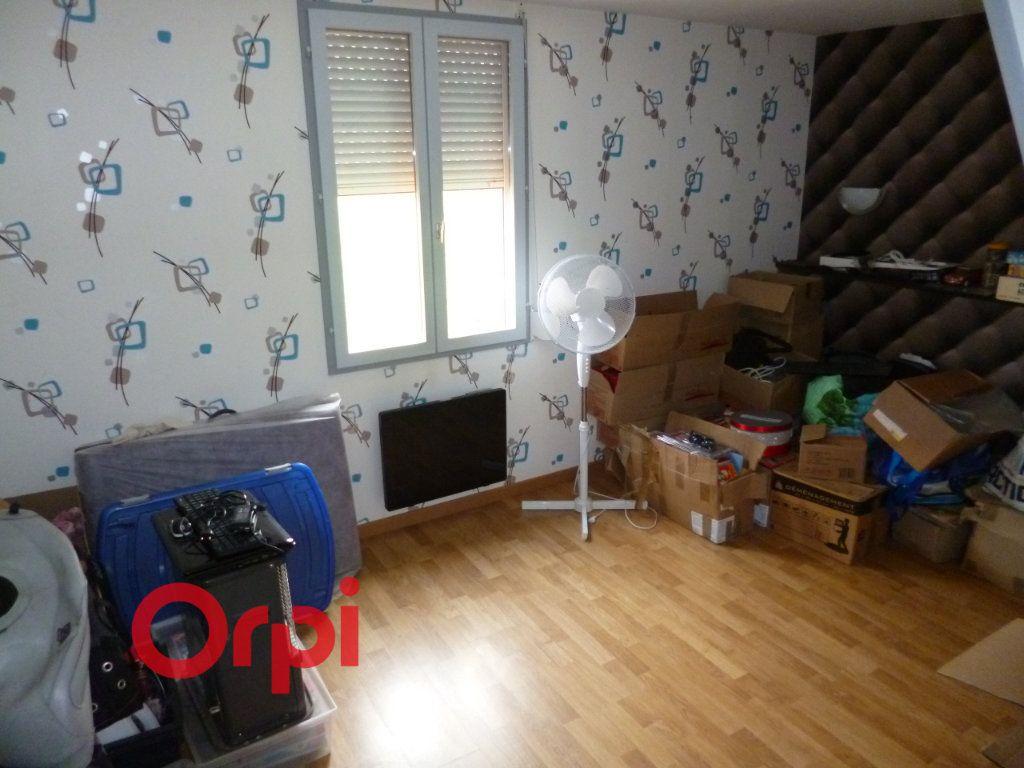 Maison à vendre 5 100m2 à Freneuse-sur-Risle vignette-14