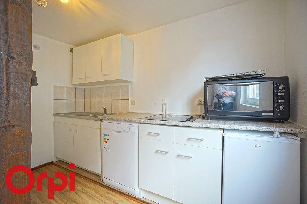 Appartement à louer 3 53.24m2 à Bernay vignette-2