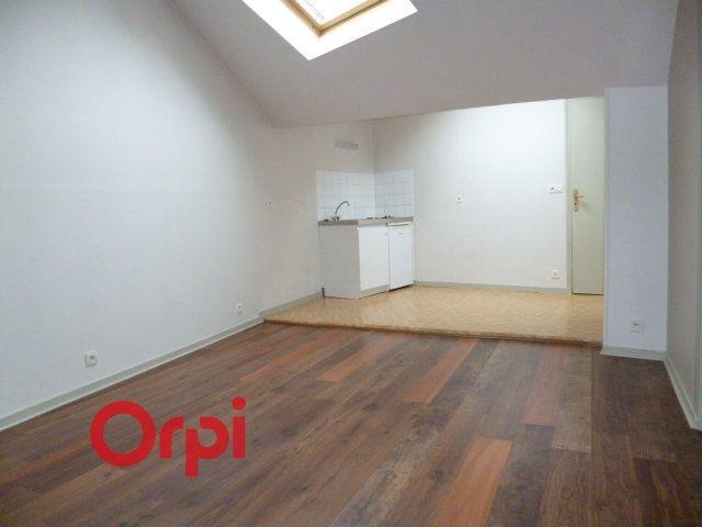 Appartement à louer 2 40.86m2 à Bernay vignette-2