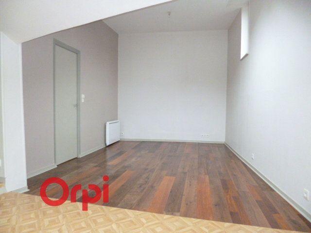 Appartement à louer 2 40.86m2 à Bernay vignette-3