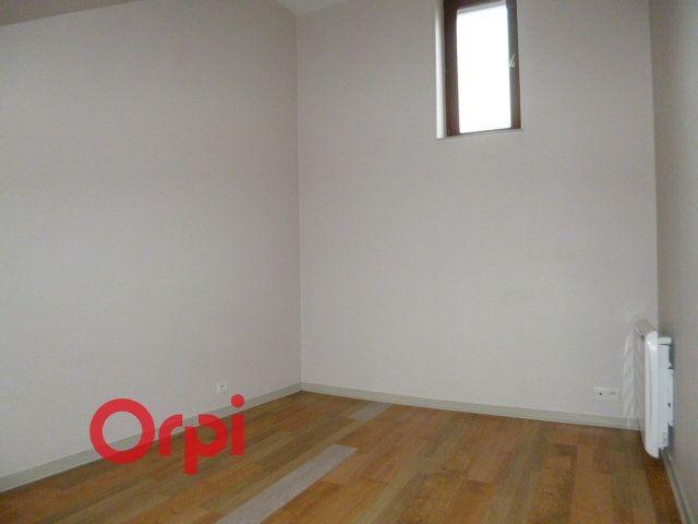 Appartement à louer 2 40.86m2 à Bernay vignette-9