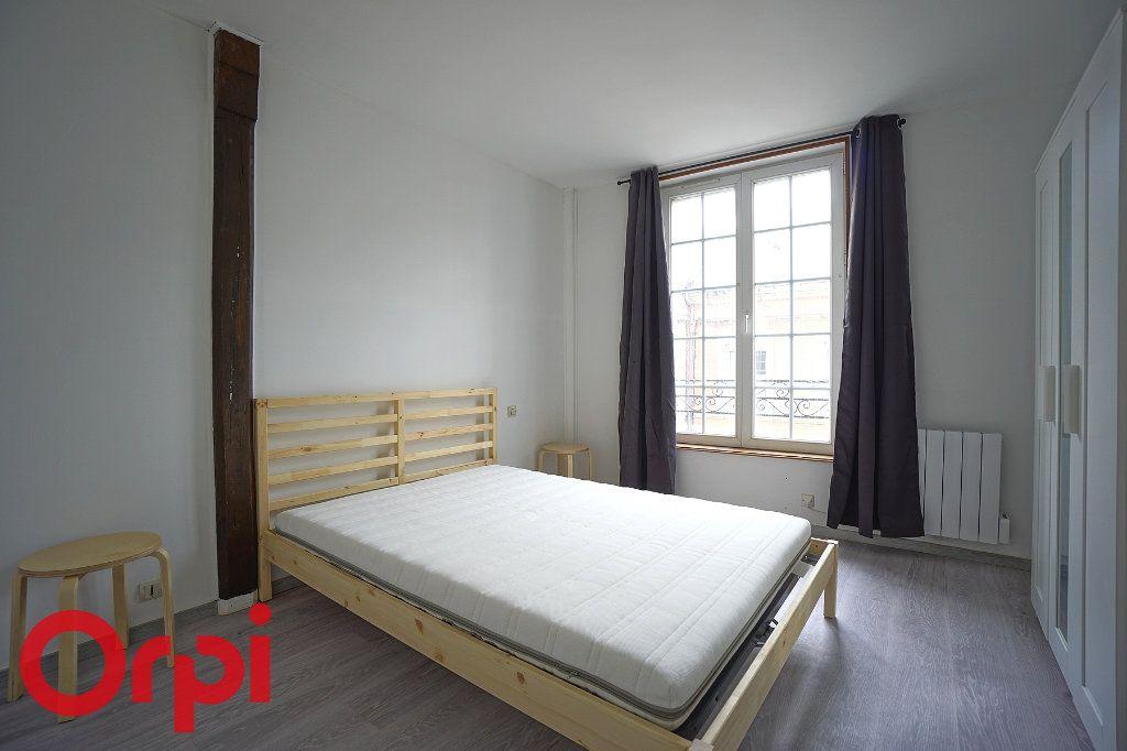 Appartement à louer 2 29.23m2 à Bernay vignette-2