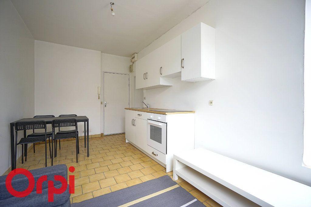 Appartement à louer 2 29.23m2 à Bernay vignette-6