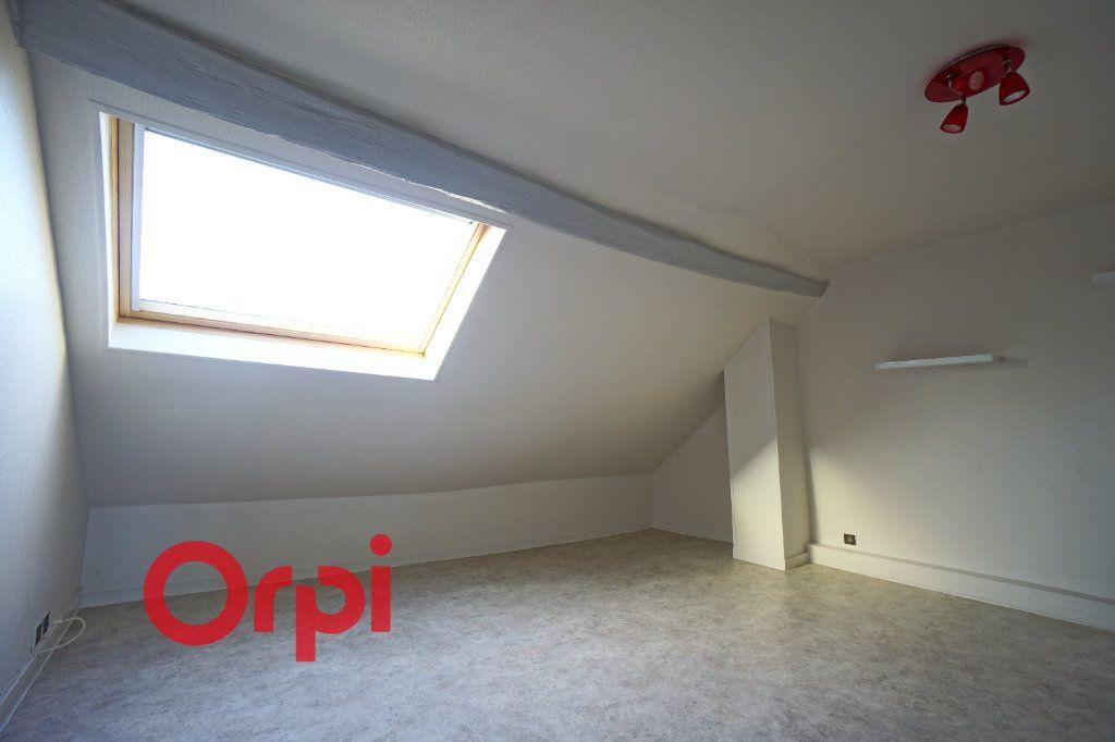 Appartement à louer 3 52.61m2 à Bernay vignette-4