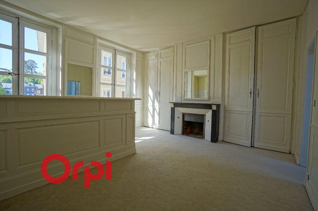 Appartement à louer 2 41.44m2 à Bernay vignette-1
