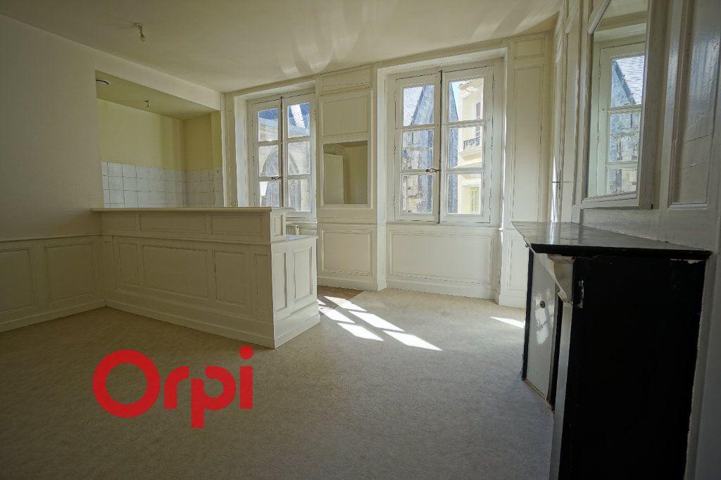Appartement à louer 2 41.44m2 à Bernay vignette-2