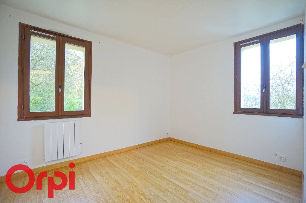Appartement à louer 3 57.32m2 à Bernay vignette-6