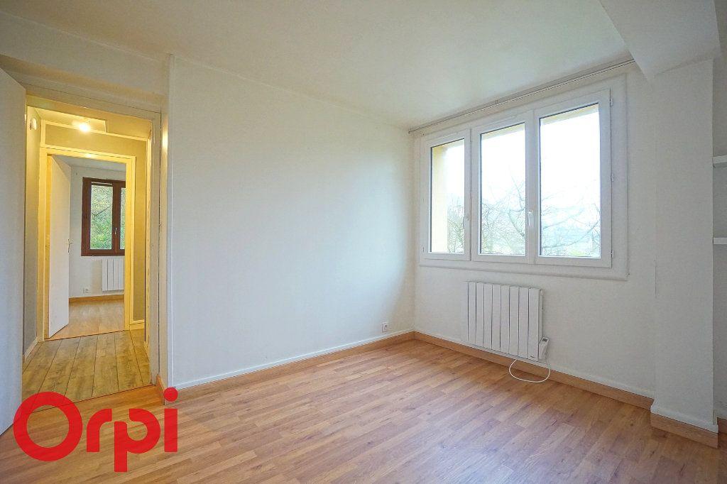 Appartement à louer 3 57.32m2 à Bernay vignette-7
