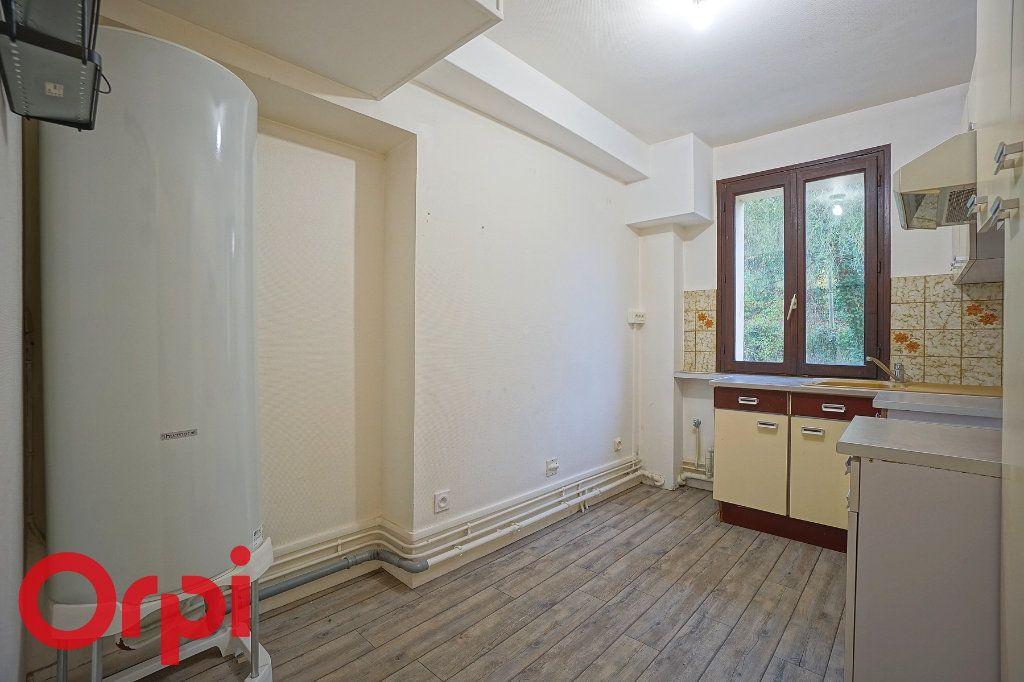 Appartement à louer 3 57.32m2 à Bernay vignette-9
