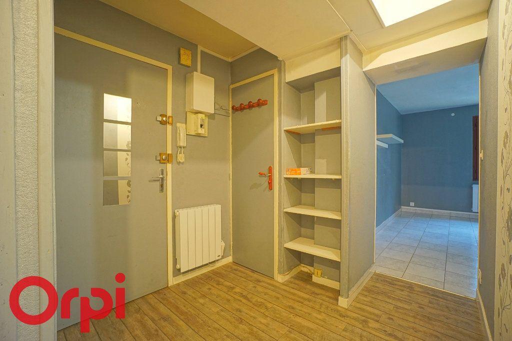 Appartement à louer 3 57.32m2 à Bernay vignette-10