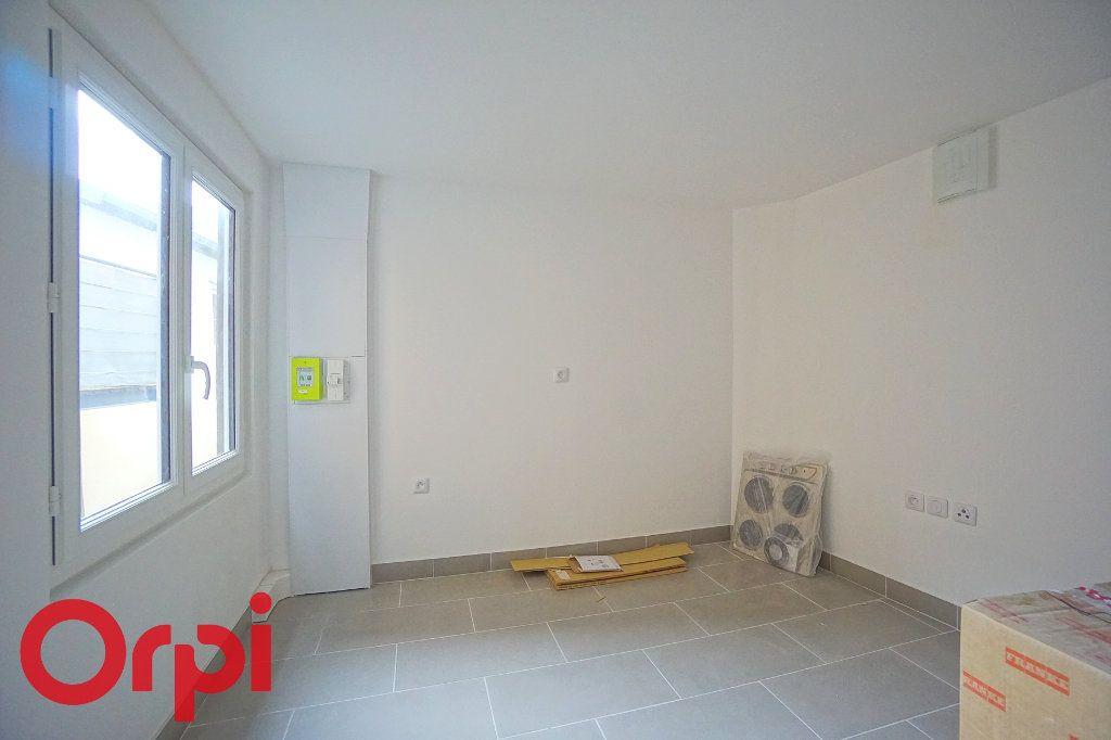 Appartement à louer 3 44.38m2 à Bernay vignette-9
