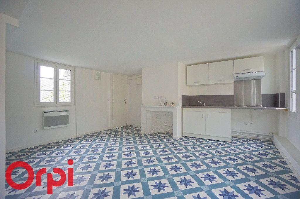 Appartement à louer 2 31.21m2 à Bernay vignette-1