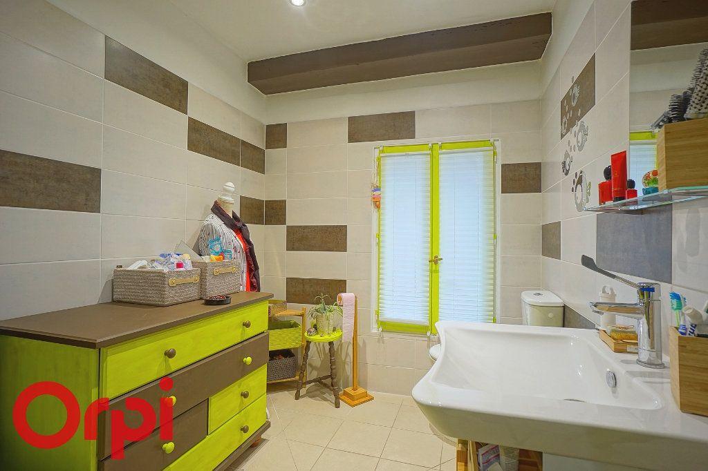 Maison à vendre 10 330m2 à Beaumont-le-Roger vignette-14