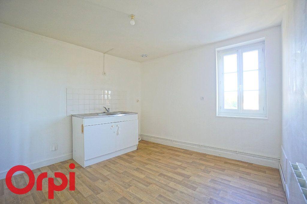 Appartement à louer 3 54.1m2 à Thiberville vignette-2