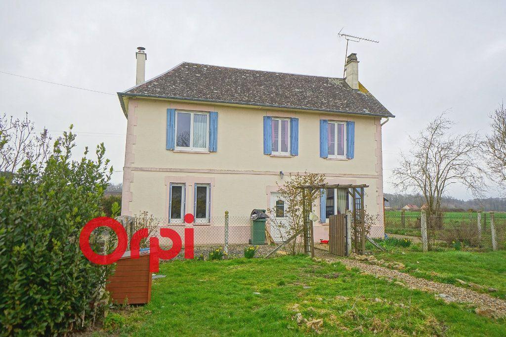 Maison à vendre 3 110m2 à Bernay vignette-1