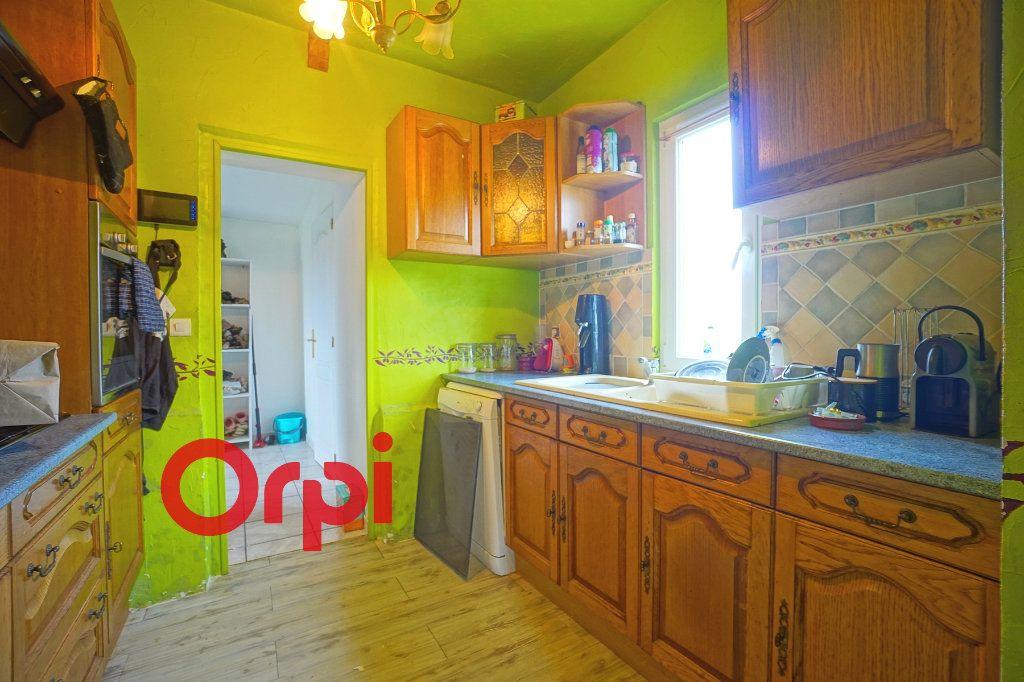 Maison à vendre 3 110m2 à Bernay vignette-5