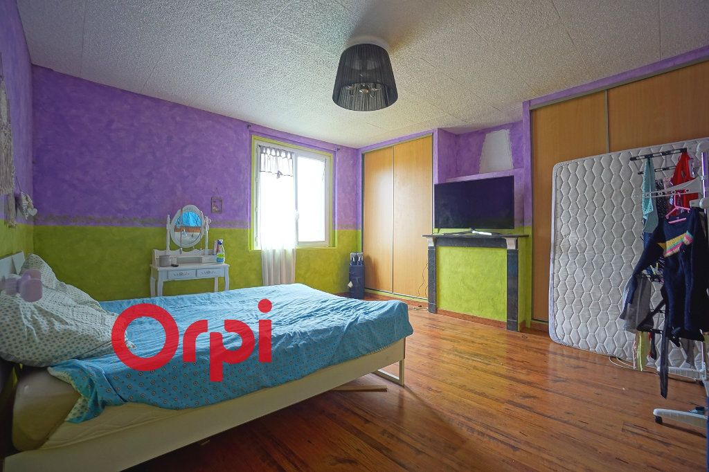 Maison à vendre 3 110m2 à Bernay vignette-6