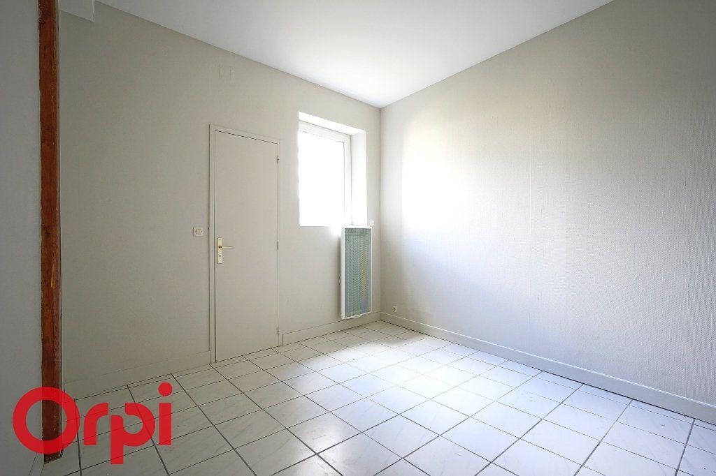 Appartement à louer 1 22.48m2 à Bernay vignette-3