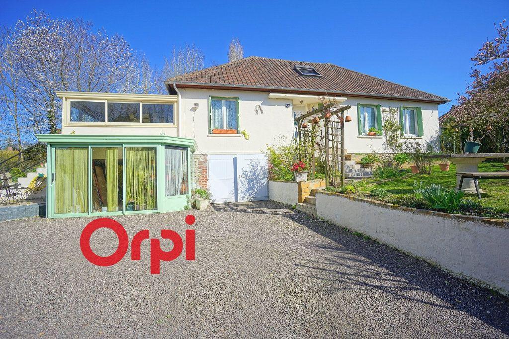 Maison à vendre 6 145m2 à Broglie vignette-1