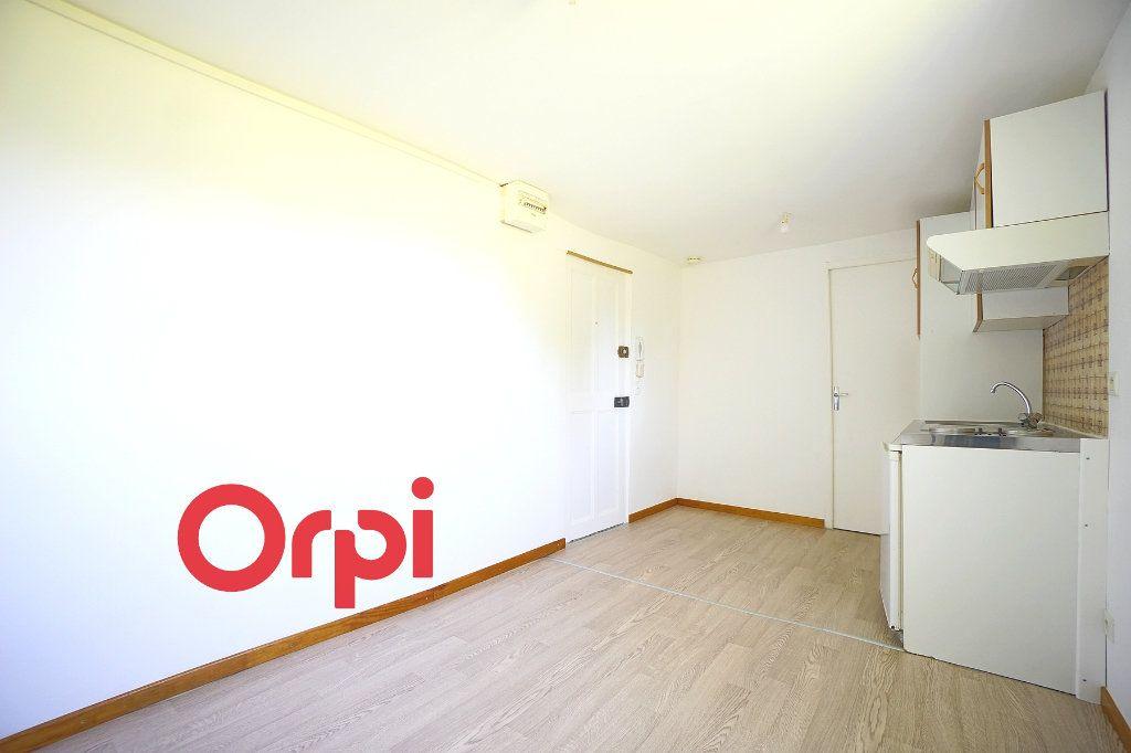 Appartement à louer 2 24.74m2 à Thiberville vignette-9