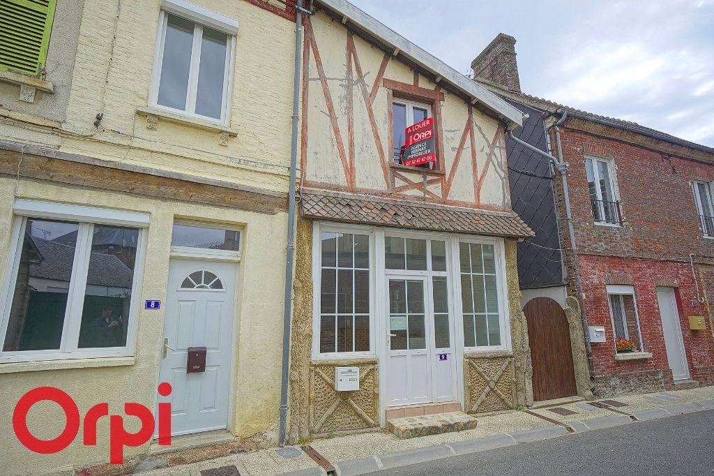 Appartement à louer 3 45.72m2 à La Barre-en-Ouche vignette-1