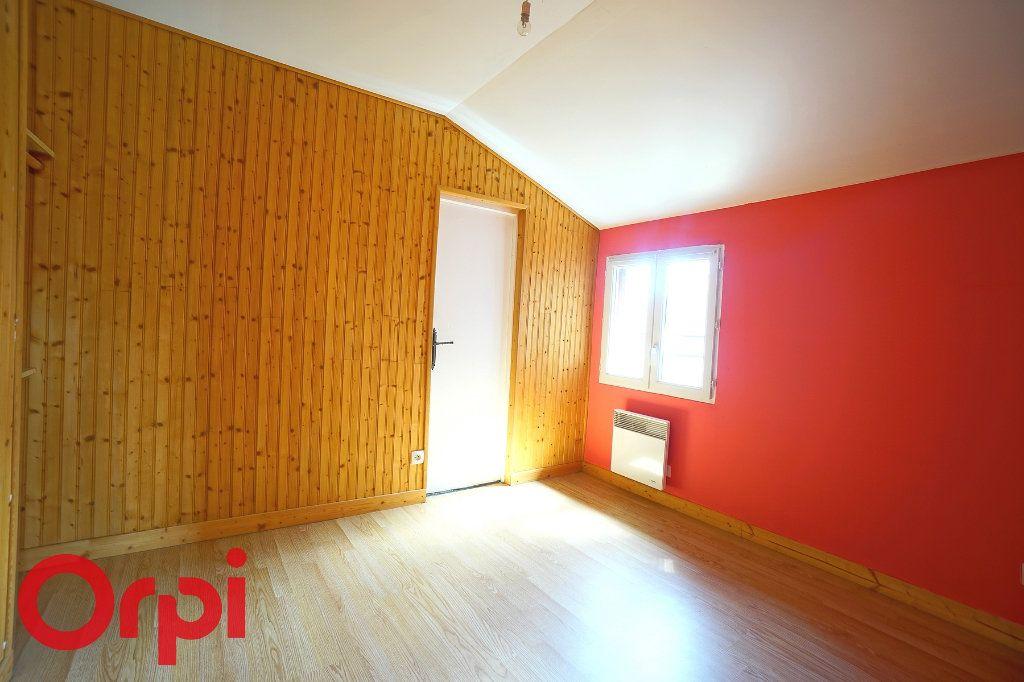 Appartement à louer 3 45.72m2 à La Barre-en-Ouche vignette-4