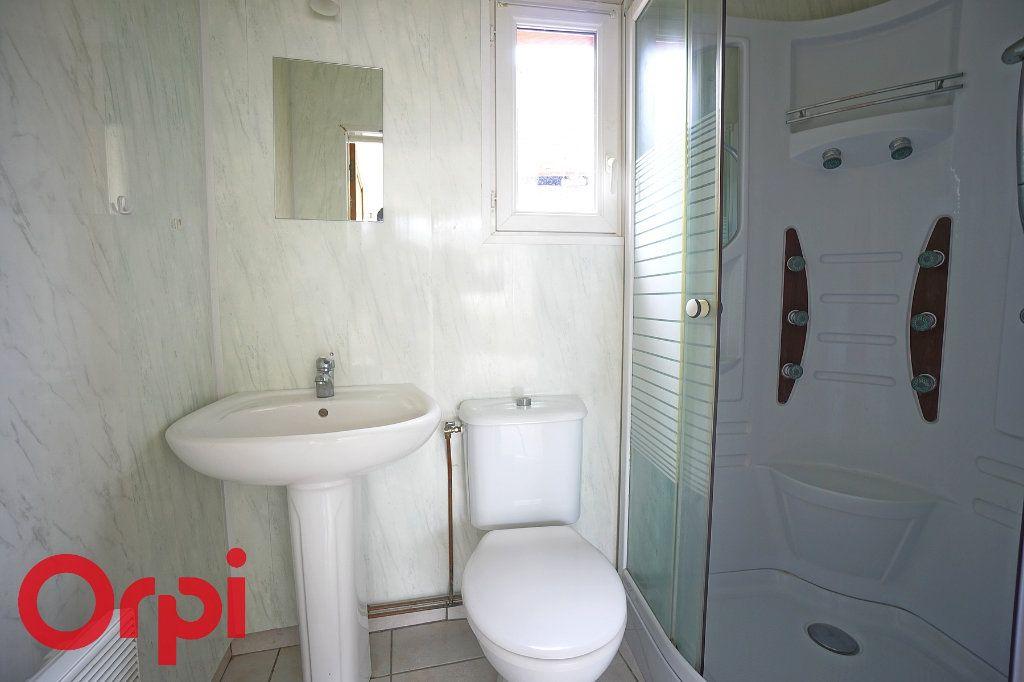 Appartement à louer 3 45.72m2 à La Barre-en-Ouche vignette-6