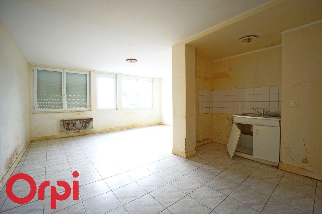 Appartement à vendre 3 64m2 à Bernay vignette-4