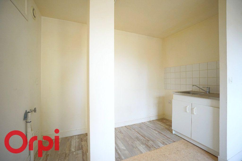 Appartement à vendre 2 37m2 à Bernay vignette-3