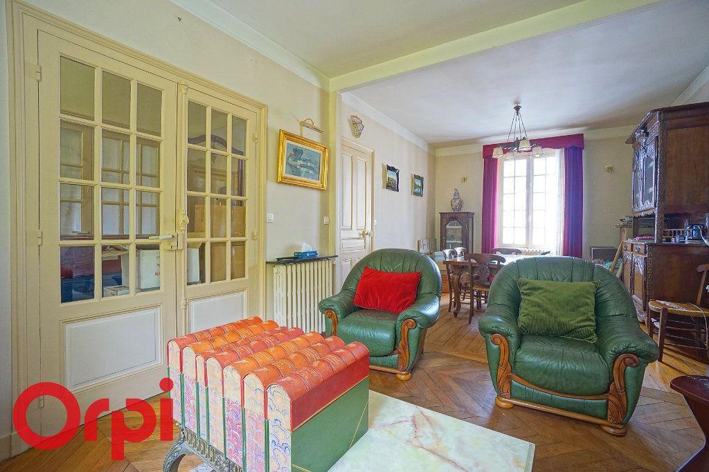 Maison à vendre 7 135m2 à Bernay vignette-7