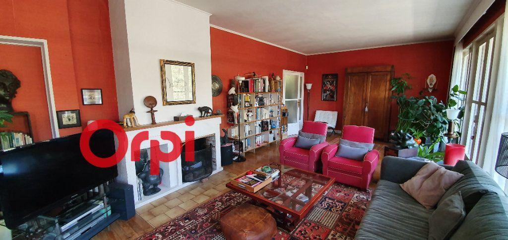 Maison à vendre 8 225m2 à Beaumont-le-Roger vignette-3