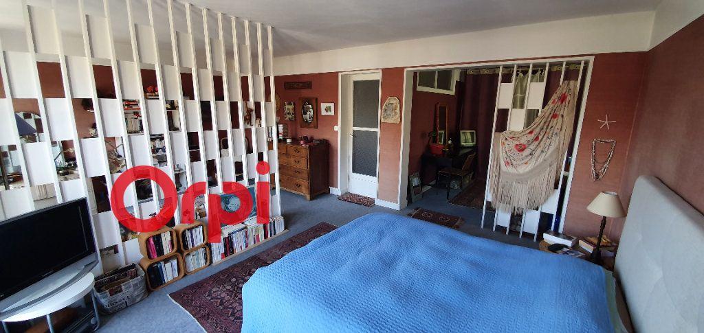 Maison à vendre 8 225m2 à Beaumont-le-Roger vignette-4