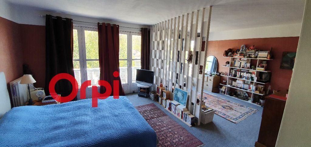 Maison à vendre 8 225m2 à Beaumont-le-Roger vignette-13