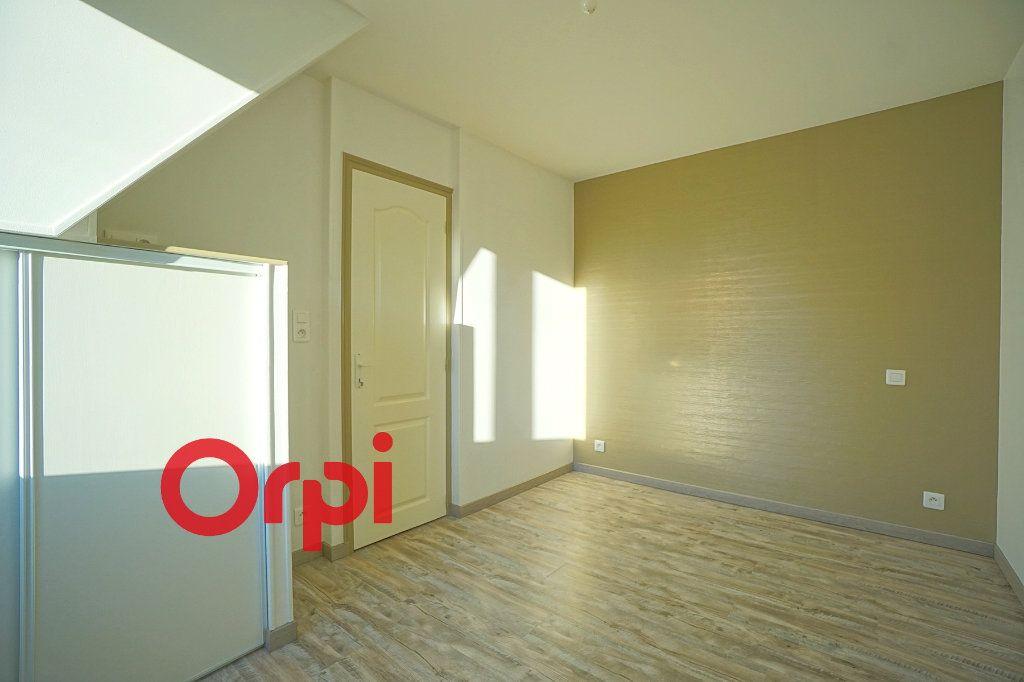 Appartement à louer 3 38.21m2 à Bernay vignette-8