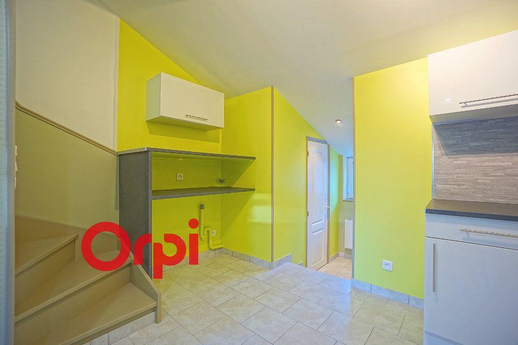 Appartement à louer 3 38.21m2 à Bernay vignette-9