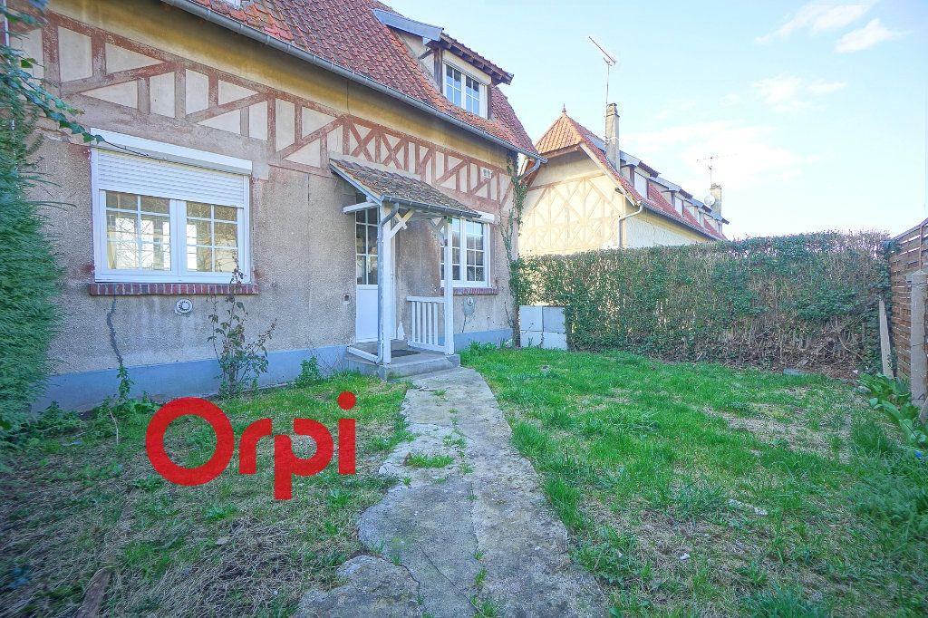 Maison à vendre 3 55m2 à Serquigny vignette-1